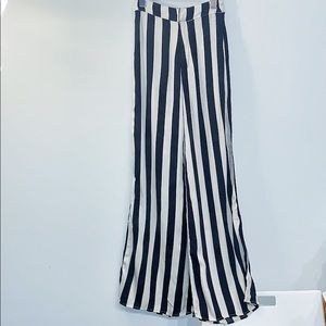 Abercrombie & Fitch Pants - A&F wide leg pants